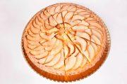 tarta de manzana porcionada